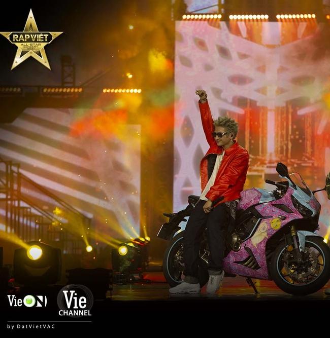 8 bài hát nào chưa từng có ở Rap Việt ra mắt tại Live Concert Rap Việt All-Star công chiếu trên YouTube? - Ảnh 5.