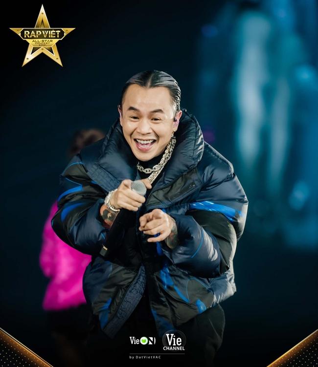8 bài hát nào chưa từng có ở Rap Việt ra mắt tại Live Concert Rap Việt All-Star công chiếu trên YouTube? - Ảnh 3.