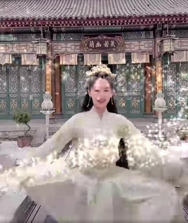 Viên Băng Nghiên xoay váy lộ góc nghiêng, xinh đẹp thế nào mà fan tức giận trách móc ekip Lưu ly mỹ nhân sát - Ảnh 4.