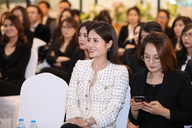 CEO 9x Loan Nguyễn - Mua 3 căn nhà 1 năm thành công khi theo đuổi lĩnh vực bảo hiểm - Ảnh 3.