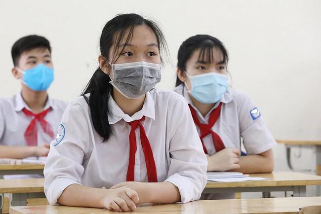 Thi vào lớp 10 ở Hà Nội: Không khai báo y tế bị xử lý thế nào? - Ảnh 1.