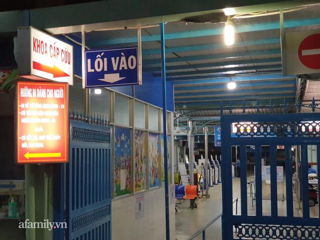 Bệnh viện Nhi Đồng 1 cách ly toàn bộ khu chuyên sâu Sơ sinh sau khi phát hiện bảo mẫu dương tính SARS-CoV-2 - Ảnh 1.