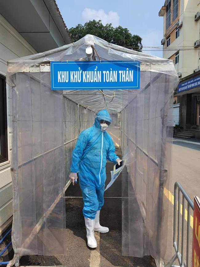 Bệnh viện luôn khử khuẩn để an toàn cho bệnh nhân đến khám
