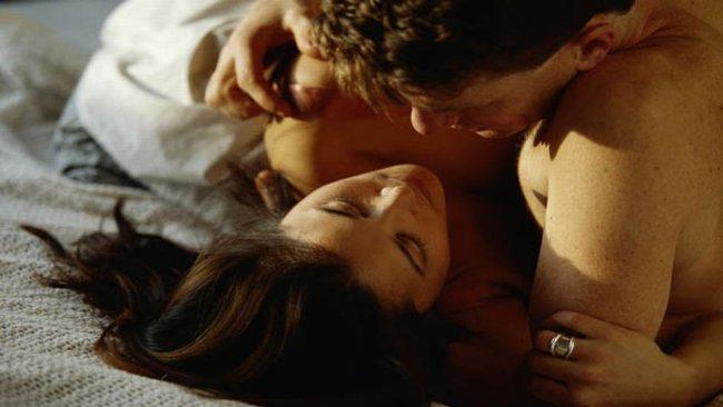 """Có một loại """"bảo bối"""" cô vợ luôn giữ trong tủ lạnh giúp chồng ngây ngất với """"cuộc yêu"""" đầy ma mị, không bao giờ chán ngán đối phương  - Ảnh 2."""