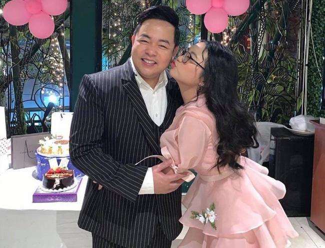 Quang Lê tiết lộ Phương Mỹ Chi không biết gì về tiền đi hát, bày tỏ quan điểm khi con gái nuôi bị so sánh với Hồ Văn Cường - Ảnh 2.