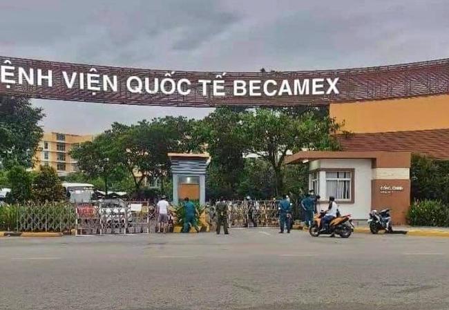 Bình Dương: Bệnh viện quốc tế Becamex bất ngờ bị phong tỏa vì phát hiện ca dương tính SARS-CoV-2 đến khám bệnh - Ảnh 1.
