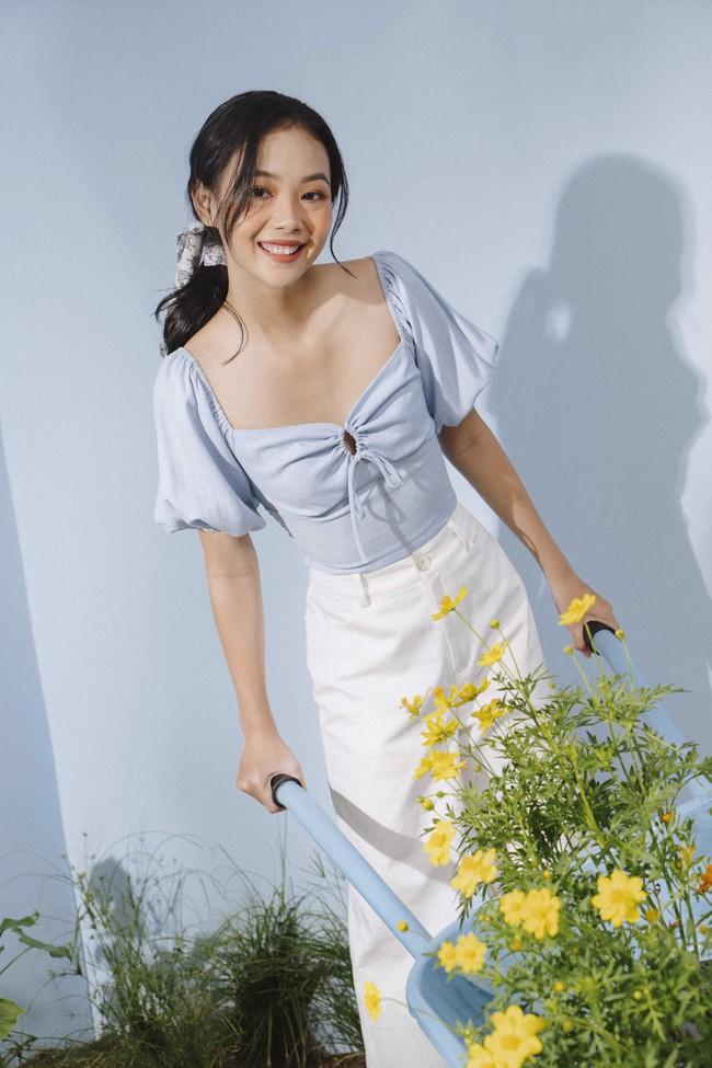 Rosé và Jihyo vừa diện áo blouse cổ vuông rất sang xịn mịn, gợi ý cho bạn vài thiết kế tương tự để sắm theo - Ảnh 7.