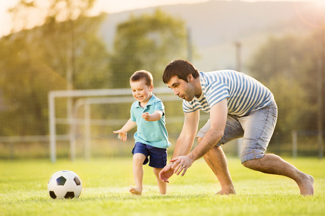 Nghiên cứu của ĐH Y Harvard: Có một cột mốc quan trọng nhất trong cuộc đời đứa trẻ để phát triển não bộ, cải thiện IQ - Ảnh 1.