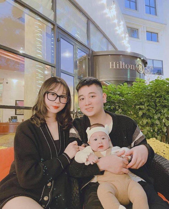 Con mới được hơn 10 tháng tuổi, bạn thân Linh Ka thông báo bầu tập 2 khiến dân tình bất ngờ ngã ngửa - Ảnh 3.