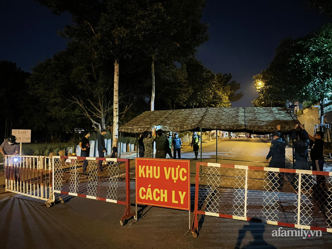 NÓNG: Bình Dương giãn cách xã hội theo Chỉ thị 16 toàn thị xã Tân Uyên và TP Thuận An từ 0 giờ ngày 21/6