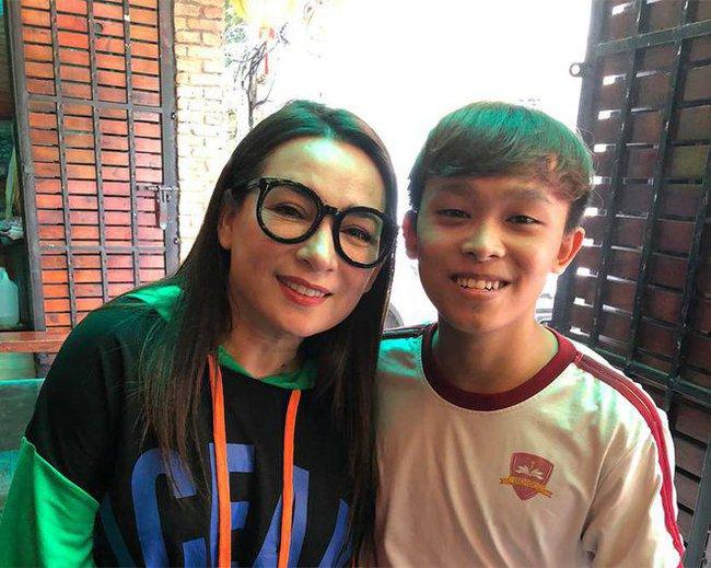 Nhạc sĩ nổi tiếng chỉ ra điểm nghi vấn Phi Nhung và bố mẹ Hồ Văn Cường không trung thực trong vụ lùm xùm - Ảnh 2.