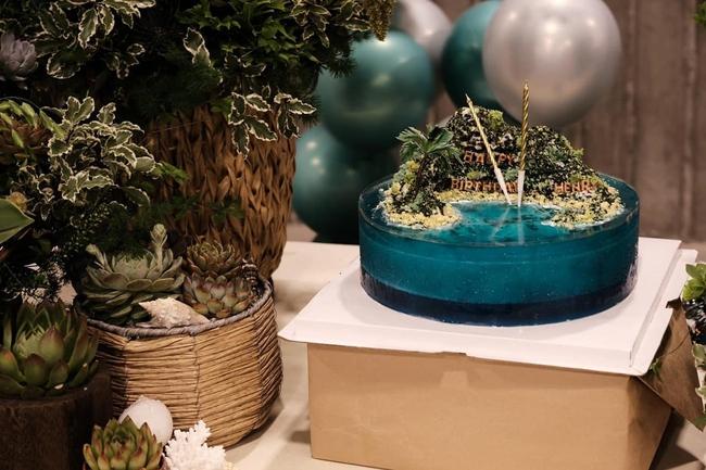Chiếc bánh sinh nhật của Subeo nhà Hà Hồ khiến cõi mạng trầm trồ, tác giả chia sẻ trọn công thức nhưng gây sốc nhất là thời gian hoàn thành - Ảnh 4.