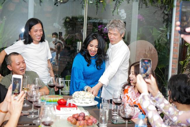 """Diva Thanh Lam và bạn trai bác sĩ chính thức """"về chung một nhà"""" sau thời gian hẹn hò? - Ảnh 4."""