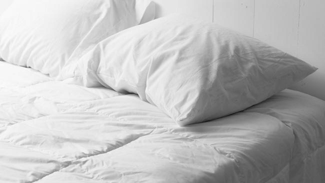 Tổng hợp những nguyên nhân chủ yếu khiến tình trạng dị ứng trở nên nghiêm trọng hơn vào buổi sáng - Ảnh 1.