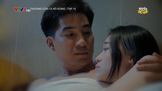 Thương con cá Rô đồng: Sau khi lộ cảnh ngủ với đàn ông để mua điện thoại, Út Lành (Hoàng Yến) lên tiếng bào chữa - Ảnh 2.