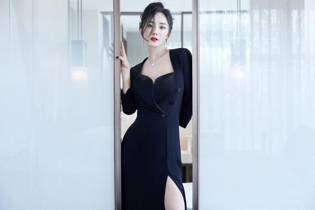 Vì sao Dương Mịch không có ý định tái hôn sau khi chia tay Lưu Khải Uy? - Ảnh 1.