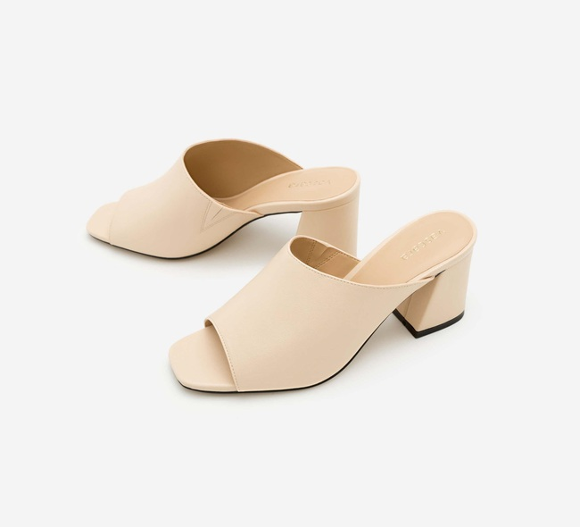 12 đôi giày màu be chỉ từ 212k: Cân được mọi kiểu trang phục, chọn giày bệt cũng hack được vài phân chiều cao - Ảnh 17.