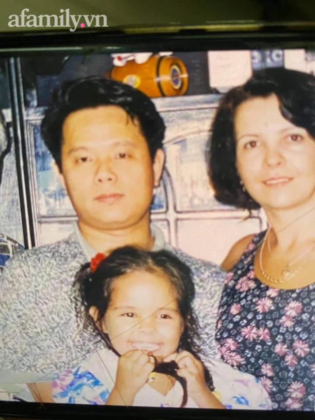 Người vợ Ukraina ở Việt Nam 20 năm chăm chồng đột quỵ: Cuộc hôn nhân trải qua cấm đoán từ nhà nội và câu nói 9 từ bên giường bệnh trong giây phút ngặt nghèo! - Ảnh 5.