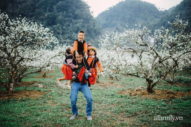 Chàng trai xứ Quảng bỏ học đại học rong ruổi vùng cao và hành trình đem gần 50.000 suất cơm có thịt níu chân trẻ tới trường - Ảnh 10.