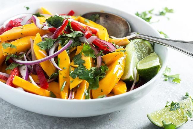 """Salad xoài kiểu Thái chua cay """"ăn là cuốn, thưởng thức là mê"""", chị em đã thử chưa? - Ảnh 1."""