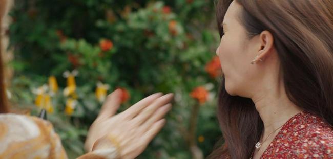 """Mùa hoa tìm lại: Lệ vạch mặt Tuyết, vừa tát vừa chửi xong còn """"unfriend"""" facebook, nào ngờ Tuyết đổ hết tội cho mẹ Việt - Ảnh 3."""