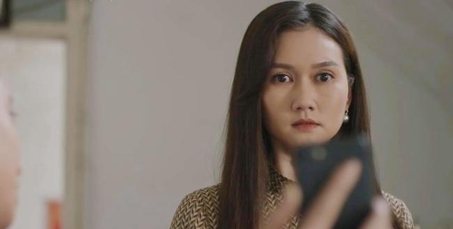 """Mùa hoa tìm lại: Lệ vạch mặt Tuyết, vừa tát vừa chửi xong còn """"unfriend"""" facebook, nào ngờ Tuyết đổ hết tội cho mẹ Việt - Ảnh 10."""