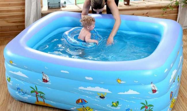 Mẹ bỉm mua gì: Nắng nóng 40 độ, mẹ hãy mua bể bơi phao trong nhà để làm món quà tặng cho bé - Ảnh 2.