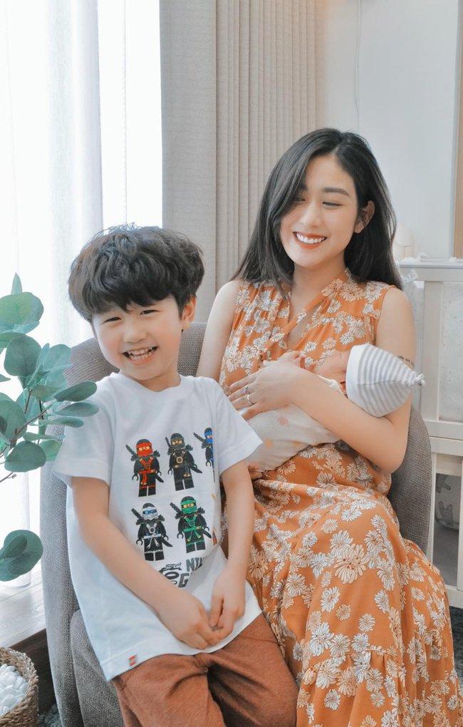 Bé Xoài nhà Trang Lou chúc mừng sinh nhật mẹ cực dễ thương, nhưng câu nào câu nấy khiến dân tình cười lăn lộn - Ảnh 2.