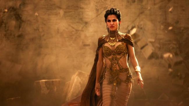 Từ gái làng chơi phóng đãng trở thành Hoàng hậu quyền lực, tàn sát 30.000 người rồi tái thiết luật pháp để bảo vệ phụ nữ - Ảnh 3.