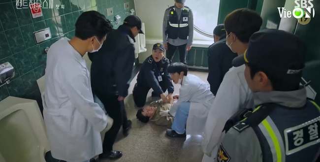 Cuộc chiến thượng lưu 3 tập 1: Seo Jin vừa ra tù đã bị Su Ryeon bắt cóc vứt xuống sông, Ju Dan Tae trở lại đầy hoành tráng  - Ảnh 12.