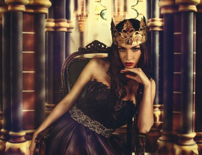 Từ gái làng chơi phóng đãng trở thành Hoàng hậu quyền lực, tàn sát 30.000 người rồi tái thiết luật pháp để bảo vệ phụ nữ - Ảnh 6.