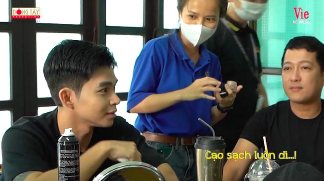 Running Man Vietnam: Lan Ngọc - Ngô Kiến Huy bóc phốt Jun Phạm đánh phấn quá dày, nhìn gương mặt hiểu lý do - Ảnh 1.