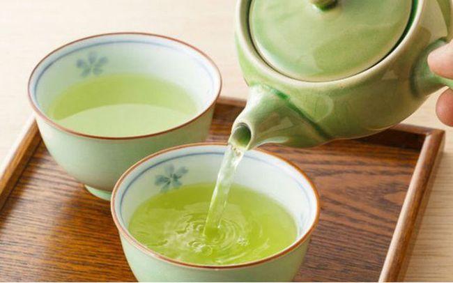 4 loại nước nhiều người thích được bác sĩ khuyên cấm uống vào buổi sáng, nguyên nhân gây hại sức khỏe, giảm tuổi thọ - Ảnh 2.