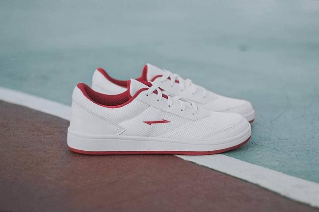 """8 đôi sneakers trắng """"made in Vietnam"""" chuẩn thời thượng, kết hợp được với mọi kiểu đồ và giá chỉ từ 350k - Ảnh 9."""