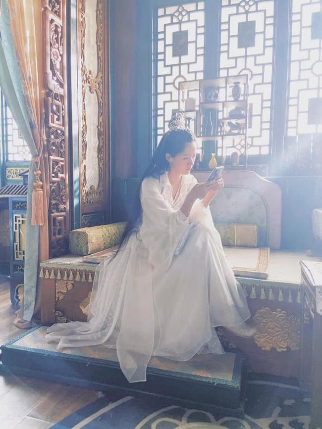 Lộ góc nghiêng đẹp mê mẩn của Viên Băng Nghiên, tạo hình mỹ nữ áo trắng bỏ xa Lưu ly mỹ nhân sát - Ảnh 1.