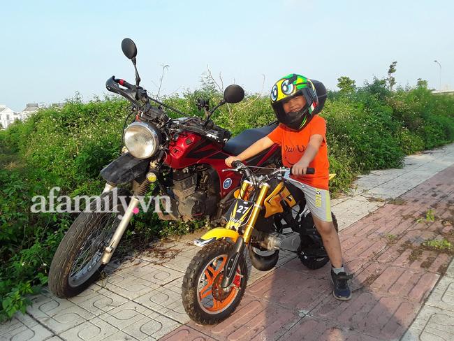 """Ông bố đưa con """"đi bụi"""" từ nhỏ: 7 tuổi con biết đi xe máy, 12 tuổi phượt Myanmar, bắn tiếng Anh tằng tằng và bí quyết gia đình chung nhịp thở - Ảnh 7."""