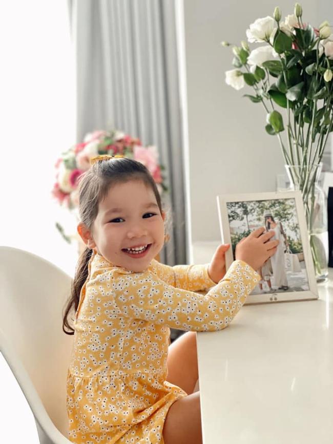 Hai nhóc tỳ Gen Alpha mới tí tuổi đã làm ông bà chủ: Con gái Hà Anh mở showroom hoành tráng, quý tử nhà Đan Trường có công ty riêng - Ảnh 1.
