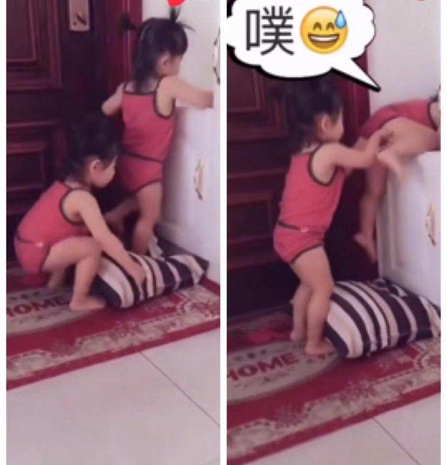 """Ai nói đẻ con gái cho bớt quậy? Mẹ bỉm sữa chia sẻ hình ảnh cặp song sinh với những trò quậy phá """"có đôi"""" khiến cô toát mồ hôi hột - Ảnh 3."""