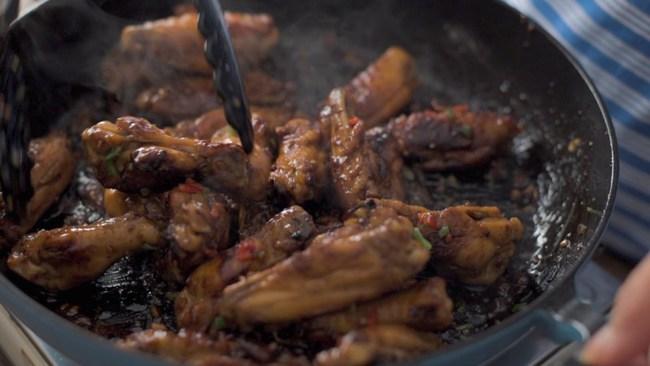 Cánh gà sốt mật ong món ăn đã miệng cả ăn cơm lẫn nhậu đều hợp - Ảnh 10.