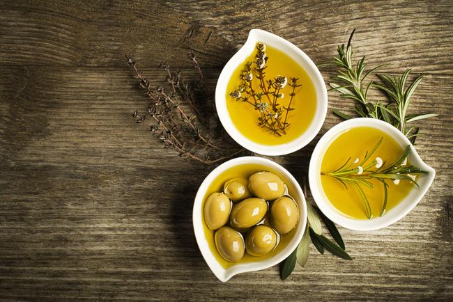 Top 4 loại dầu ăn tốt cho sức khỏe được khuyên dùng - Ảnh 2.