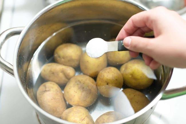 Khoai tây là loại thực phẩm tuyệt vời đối với sức khỏe nếu bạn biết cách tiêu thụ - Ảnh 2.