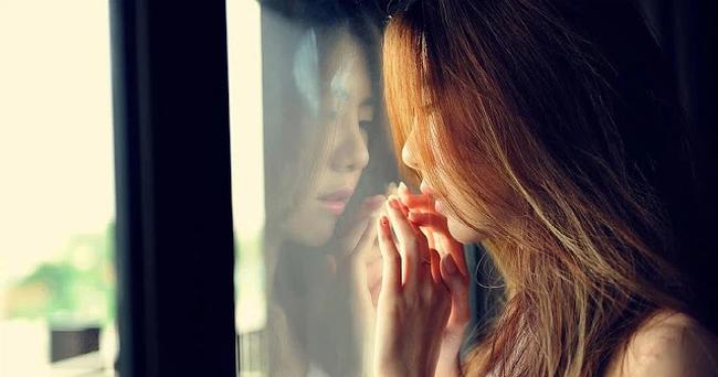 Luôn chê bai chồng vô dụng, khi mẹ lâm bệnh nặng, hành động của anh khiến tôi bàng hoàng kinh ngạc - Ảnh 1.