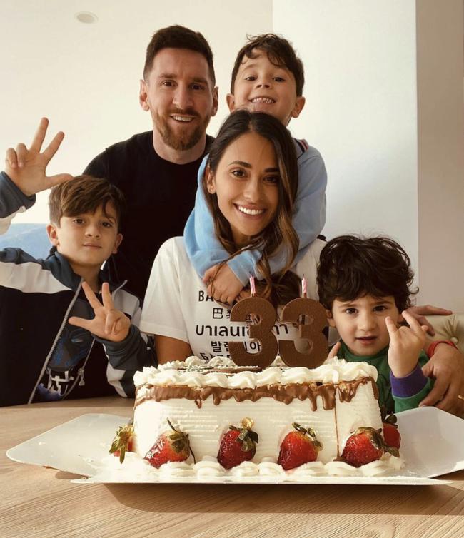 3 con trai của Lionel Messi có hành động siêu dễ thương mừng bố vô địch Copa America - Ảnh 3.