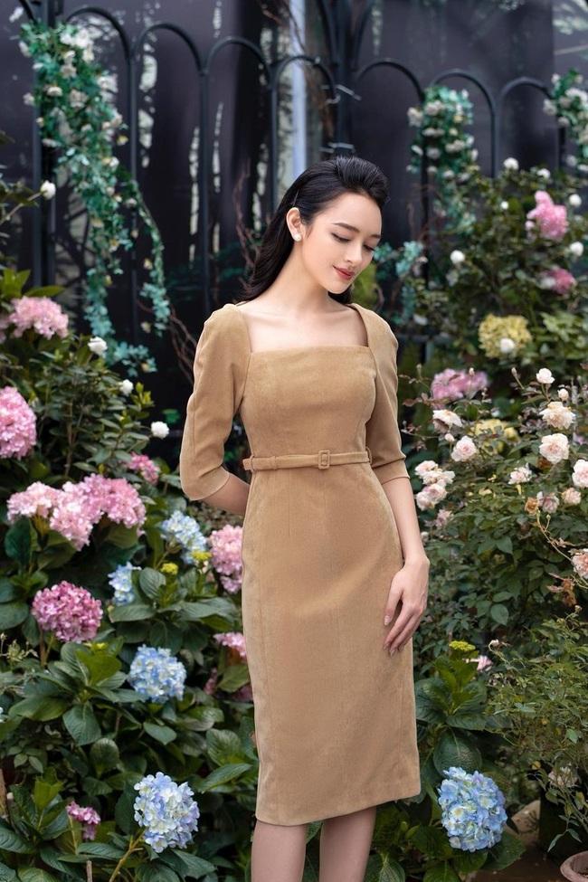 Kiểu váy liền được BTV Mai Ngọc đánh giá là tôn dáng đỉnh nhất,  - Ảnh 7.