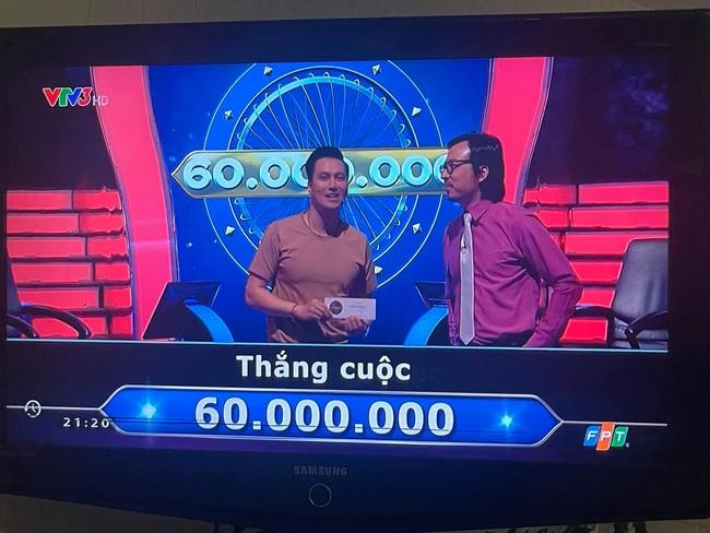 Việt Anh thắng 60 triệu ở Ai là triệu phú, Quỳnh Nga vào bình luận ý nhị, bên dưới còn có người nhắc danh hiệu NSƯT - Ảnh 4.