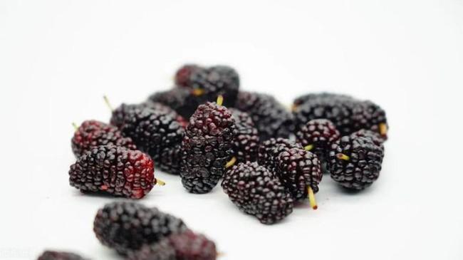 6 loại thực phẩm tuyệt vời nên ăn nhiều trong mùa dịch giúp tăng cường hệ miễn dịch, chống oxy hóa và bảo vệ mạch máu - Ảnh 5.