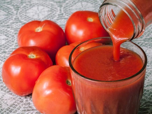 Tăng cường miễn dịch ngay trong mùa dịch, bổ sung ngay ly nước ép màu đỏ này còn giúp giảm cân, xóa nếp nhăn siêu hay - Ảnh 10.