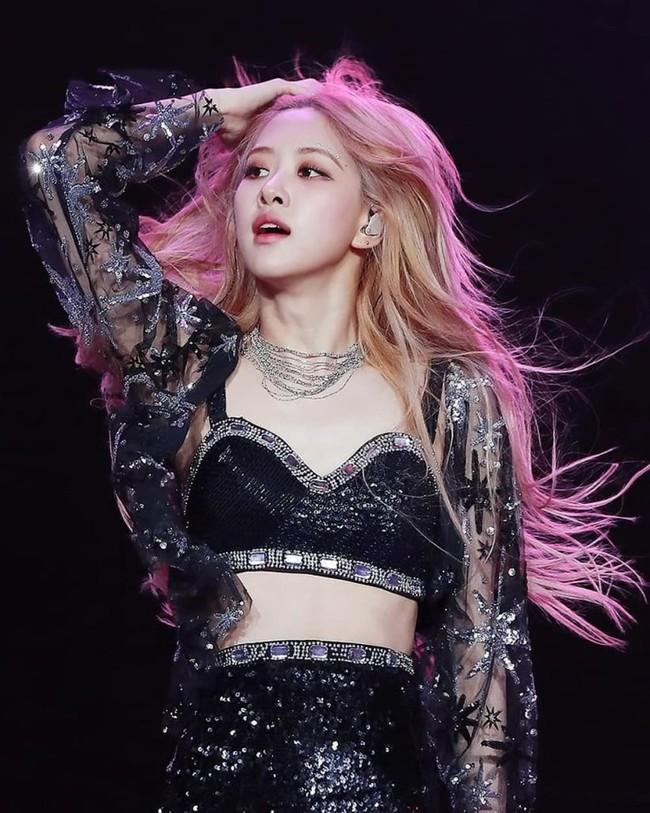 Rosé (Black Pink) từng tẩy tóc 3 lần/ tuần: Tips chăm tóc tẩy mà cô nàng chia sẻ để tóc không bị xơ xác như nhiều idol khác - Ảnh 7.