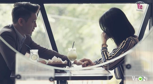 Cây táo nở hoa: Châu bị chụp lén cảnh gặp lại bác sĩ Tuấn gửi cho chồng, fan nghi Dư bị... covid - Ảnh 1.