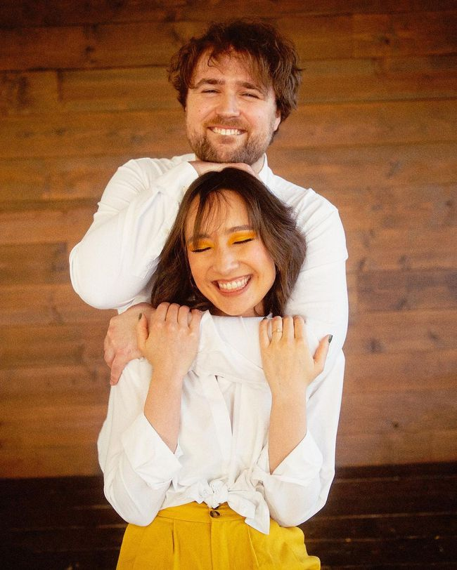 """Hai cô con gái nhà diva Mỹ Linh khi chụp hình với bạn trai: Bên chọn style đơn giản, bên """"chất chơi"""" chuẩn gen Z - Ảnh 8."""